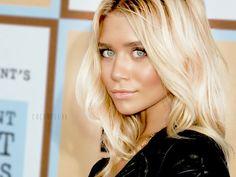beautiful blonde hair braids-and-waves