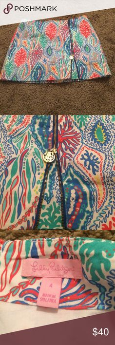 Lilly Pulitzer skort Cute Lilly skort only worn a couple times Lilly Pulitzer Skirts Mini