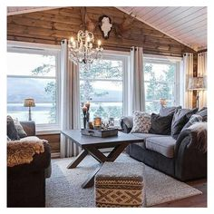Discover recipes, home ideas, style inspiration and other ideas to try. Cottage Living, My Living Room, Home And Living, Modern Log Cabins, Cabin Interiors, Cabins And Cottages, Log Homes, Family Room, Sweet Home