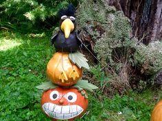 Gartendekoration - Krähenturm - ein Designerstück von HolzToenchen bei DaWanda