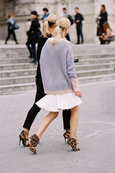 Découvrez toutes nos inspirations pour porter le blanc en hiver !