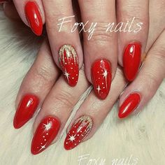 Designs for Christmas ideas about Christmas manicure, pretty nails and – Related posts: 20 Pretty Christmas Nail Art Ideas and Designs … Cute Christmas Nails, Xmas Nails, Christmas Nail Art Designs, Winter Nail Designs, Holiday Nails, Christmas Manicure, Christmas Design, Christmas Ideas, Xmas Nail Art