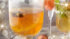 This winter warmer is great for those that end up with the car keys. To make an alcoholic alternative use cider instead of apple juice. Mulled Apple Juice, Real Food Recipes, Great Recipes, Car Keys, Winter Warmers, Orange Slices, Smoothies, Alcoholic Drinks, Treats