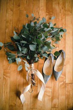 a simple eucalyptus wedding bouquet with a blush ribbon wrap Bouquet D'eucalyptus, Eucalyptus Bouquet, Eucalyptus Wedding, Eucalyptus Leaves, Simple Bridesmaid Bouquets, Bohemian Bridesmaid, Bride Bouquets, Greenery Bouquets, Flower Bouquets