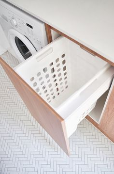 REAL-LIFE RENOVATIONS Adore magazine Editor Loni Parker revealed her flawlessly renovated laundry, featuring our Wellington and Brunswick tiles. We are loving the lightness and freshness of this room! Laundry Cupboard, Laundry Room Organization, Laundry Cart, Laundry Cabinets, Laundry Dryer, Laundry Hacks, Modern Laundry Rooms, Laundry In Bathroom, Laundry Closet