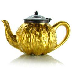 A1700 :  « TRÉSOR » Teapot  golden enamelled porcelain - 0,5 l