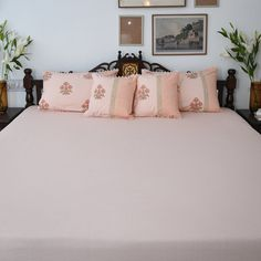 Bed Linens, Linen Bedding, Vibrant Colors, Colours, White Sheets, Cushions, Pillows, Bridal Fashion, Bed Sheets