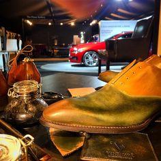 Luxurious private events suits very well to Venenare 💎 #jaguar #venenare #style #patina #unique #green #shoes #shoepatina #shoesaddict #menshoes #menfashion #menstyle #millionaire #luxury #private #italianstyle #sportcars #dandy #dandyshoes...