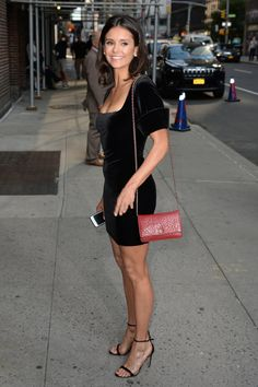 Nina Dobrev - born is Sofia (Bulgaria) Nina Dobrev Style, Elena Gilbert, Nikolina Konstantinova Dobreva, Urban Fashion, Womens Fashion, Girls In Mini Skirts, Cute Girl Outfits, Bollywood, Beautiful Celebrities