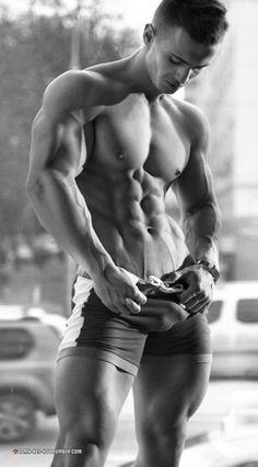 DAMN HE'S HOT! Follow for daily pics of hot men - https://damn-hes-hot.tumblr.com/