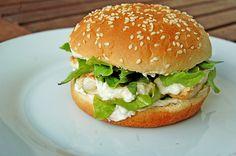Caesar`s Salad-Chicken-Burger - Kochrezepte - Fajitas Recipe Barbacoa, Quinoa, Toast Foie Gras, Taco Mac And Cheese, Chicken Salad Recipes, Salad Chicken, Burger Co, Salsa, Beer Recipes