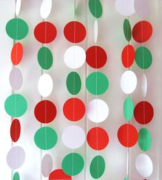 Christmas Garland, Paper Garland, Circle, Approx 10ft Long, Christmas Decor, Bunting, Streamer, Photo Prop, Red, White, Green, Ready to Ship. $8.00, via Etsy.