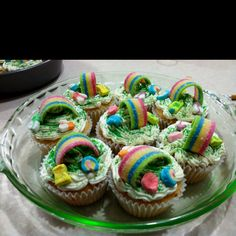St. Pattys day cupcakes :)