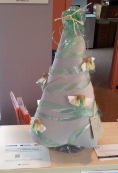 Arbre de nadal ampolles de pàstic. TOBCII