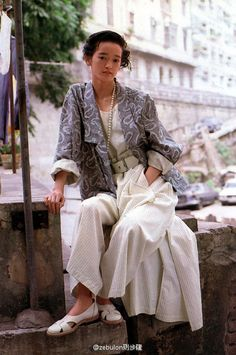 Style is serendipitous: you can never really be sure whether you found it, or it found you, but it is wonderful when you discover it. Japan Fashion, 90s Fashion, Vintage Fashion, Fashion Outfits, Fashion Images, Fashion Pictures, Pretty Outfits, Cool Outfits, Unisex Fashion