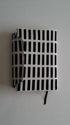 1枚de★ブックカバーの作り方|ブックカバー|文具・本|ハンドメイドカテゴリ|ハンドメイド、手作り作品の作り方ならアトリエ