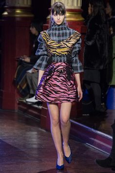 http://www.vogue.com/fashion-shows/fall-2016-ready-to-wear/kenzo/slideshow/collection
