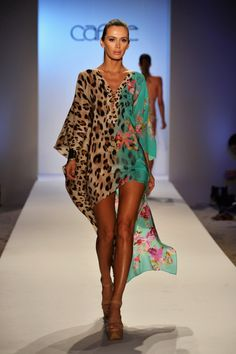 Half and Half Print Beach Kaftan by Caffé Swimwear 2014 Animal Print Fashion, Fashion Prints, Animal Prints, Outfit Strand, Swimwear 2014, Mode Boho, Swimsuit Cover, Swim Cover, Beach Dresses