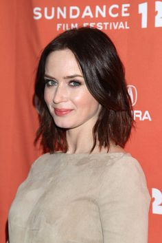 Emily Blunt Celebrates Your Sister's Sister at Sundance Without John Blunt Hair, Wavy Hair, Her Hair, Blunt Lob, Emily Blunt, Your Sister's Sister, Hottie Women, Wedding Day Makeup, Sundance Film Festival