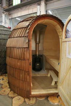 People have been enjoying the benefits of saunas for centuries. Spending just a short while relaxing in a sauna can help you destress, invigorate your skin Diy Sauna, Sauna Ideas, Sauna House, Sauna Room, Saunas, Homemade Sauna, Mobile Sauna, Building A Sauna, Sweat Lodge