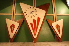 1962 empire art MID CENTURY MODERN WALL CLOCK - Oh lordy...