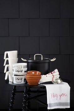 Via Susanna Vento   Black and White   Kitchen Styling