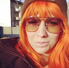 Anna wearing FUNK Food sunglasses | Sunny Side up II