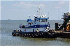 M/V Break of Dawn  3,600 Class Towing Vessel    DESCRIPTION  Flag - USA  Home Port - New Orleans, LA  Year Built - 1982  Official Number - 651071  Class - ABS Loadline  Tonnage - 198 Gross / 135 Net