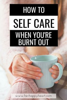7 Warning Signs That Youre In BurnOut And Urgently Need Self Care How to recognize burn out and start burn out recovery with self care ideas Burnout Recovery, Journaling, Self Care Activities, Care Quotes, Lgbt Quotes, Self Improvement Tips, Self Care Routine, Warning Signs, Wellness Tips