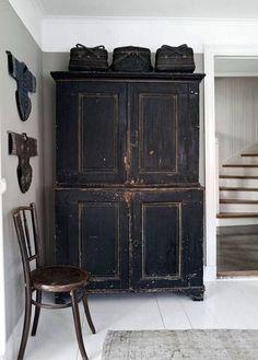 Gorgeous black cabinet