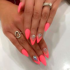 40 Best Acrylic Stiletto Nails Designs Trends for You - Nail Art Connect Bright Pink Nails, Bright Summer Acrylic Nails, Neon Nails, Summer Nails, My Nails, Elegant Nail Designs, Elegant Nails, Pointy Nails, Short Stiletto Nails