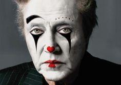 Christopher Walken as a clown. Gruseliger Clown, Clown Faces, Circus Clown, Creepy Clown, Circus Party, Circus Theme, Circus Makeup, Scary Clown Makeup, Mime Makeup