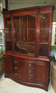 Traditional Mahogany China Cabinet By Drexel #Drexel #Traditional