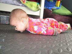 LMFAO!!! This really has me cracking up! #BabyPlanking