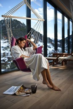 Panorama Ruheraum mit Schwebeliege im Sky Spa Design Hotel, Spa, Fair Grounds, Travel, Relax Room, Levitate, Time Out, Summer, House