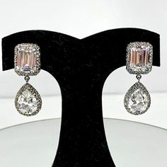 Coming vintage gorgeous light blue rhinestone and faux opal glass ear clips earrings in very good condition 3 cm