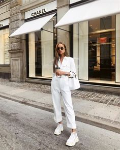 47 Current Street Style Outfits Ideas for Women – Summer Outfits – Summer Fashion Tips Street Style Outfits, Mode Outfits, Trendy Outfits, Fashion Outfits, Fashion Trends, Woman Outfits, Street Style Summer, Street Style Women, Fashion Clothes