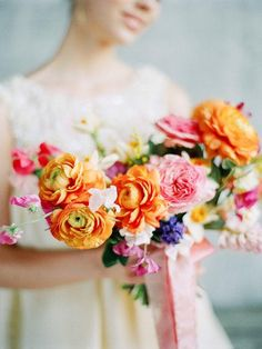bridal bouquet idea; photo: photo-duet Postscriptum & Tamara Gigola  via Wedding Sparrow