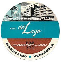 Hotel del Lago luggage label (from Art of the Luggage Label, via Momentitus)