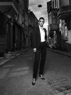 Jülide Ateş Suits, Beauty, Style, Fashion, Swag, Moda, Outfits, Stylus, Fashion Styles