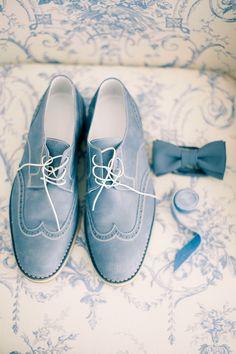 Blue shoes  | Read More: http://www.stylemepretty.com/destination-weddings/2014/06/06/elegant-skandinavia-country-club-wedding/ | Photography: Anastasia Belik - www.anastasiyabelik.com