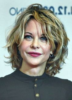 short hairstyles for thinning hair women over 50