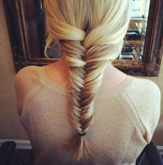 Tutorial: Fishtail Braid