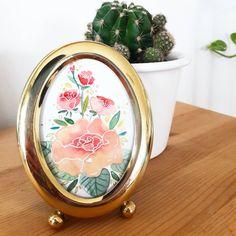 Art Flowers, Flower Art, Decorative Plates, Mirror, Table, Furniture, Home Decor, Watercolors, Watercolor