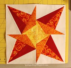 January block Lucky Star, Happy New, January, Quilts, Stars, Quilt Sets, Sterne, Log Cabin Quilts, Quilting