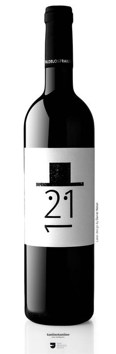 DILAB 211 Matarromera - typography as an image Wine Bottle Design, Wine Label Design, Wine Bottle Art, Wine Bottle Labels, Liquor Bottles, Beer Label, Wine Logo, Drink Labels, Bourbon