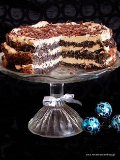 Poppy seed cake with coffee cream. Healthy Desserts, Just Desserts, Cake Recipes, Dessert Recipes, Dessert Ideas, Poppy Seed Cake, Coffee Cream, Polish Recipes, Food Cakes