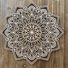 Paper Crafts For Kids, Arts And Crafts, Origami, Outdoor Metal Wall Art, Zen, Little Houses, Mandala Art, Autocad, Silhouette Cameo