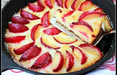 Best Cake Recipe in a Cast Iron Skillet | Best Desserts and Recipes for Sweets | Pioneer Settler | Best Desserts Ever, Easy Recipes for Sweets at pioneersettler.com