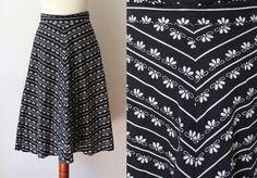 Vintage Skirt  1970's Cotton Skirt with von PaperdollVintageShop, €24.90